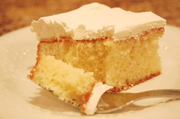 coconut-cake-fork-1024x680
